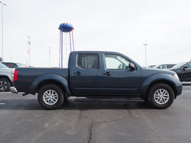 Pre-Owned 2018 Nissan Frontier SV