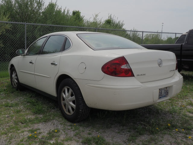 Pre-Owned 2005 Buick LaCrosse CX