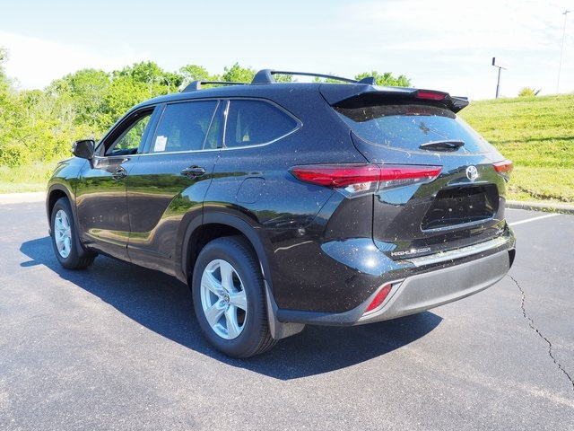 New 2020 Toyota Highlander LE